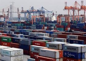 Bloomberg cảnh báo rủi ro nếu Việt Nam không đẩy nhanh nâng cấp hạ tầng cảng biển