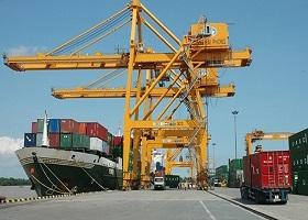 Hàng thông qua cảng biển Việt Nam tiếp đà tăng trưởng mạnh