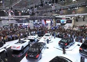 Tháng 2 sụt giảm, hàng loạt xe hơi giảm giá trong tháng 3